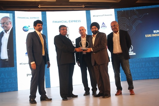 Esri India shines at  Express IT Awards